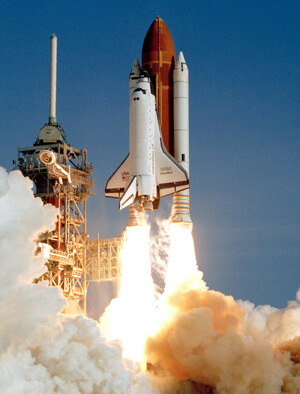 space-shuttle-discovery-first-launch-web